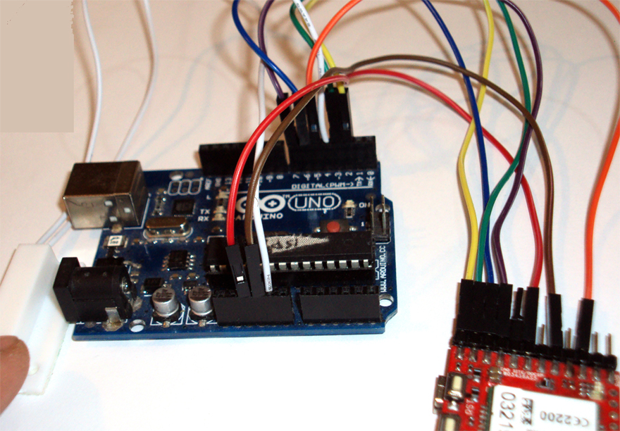SMS ALARM SYSTEM (MAGNETIC CONTACTS) WITH ARDUINO AND 3G / GSM SHIELD
