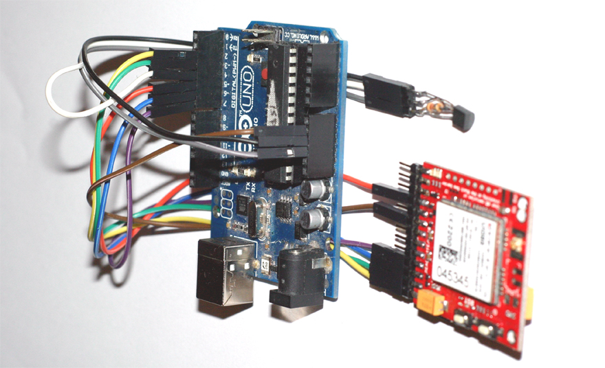 SMS THERMAL ALARM SUPERVISOR WITH ARDUINO, 3G/GSM SHIELD AND 1WIRE TEMPERATURE SENSOR WIRING